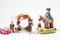 琉球張り子チンチン馬と正月飾り