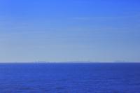 太平洋と小笠原諸島聟島列島の島影