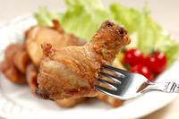 米粉で揚げた鶏の唐揚げ