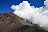 静岡県 御殿場市 宝永山付近から望む富士山