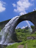 熊本県 通潤橋放水