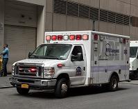アメリカ合衆国 ニューヨーク 救急車