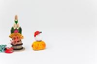 津屋崎土人形俵乗り酉と正月飾り