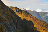 山梨県 北岳登山道から小太郎尾根越しに望む甲斐駒ケ岳