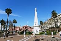 ブエノスアイレス モンセラート地区 五月広場 五月の塔