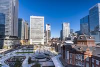 東京都 KITTEビルから見た東京駅丸の内駅前広場