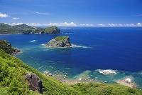 東京都 小笠原諸島の父島 三日月山展望台より南島