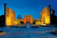 ウズベキスタン サマルカンド  レギスタン広場