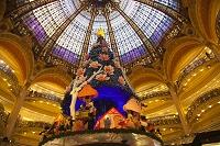 フランス パリ ギャラリー・ラファイエットドーム型ステンドグ...