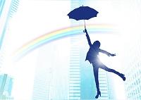 傘をさす女性のシルエット