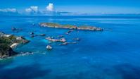 東京都 小笠原村 南島と枕水カルスト地形の海