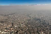 メキシコ スモッグに覆われたメキシコシティ