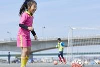 サッカーを習う日本人女の子