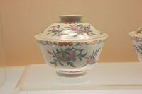 中国 上海 清代の陶器