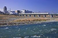 東京都 府中市 多摩川と京王線
