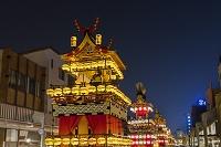 岐阜県 秋の高山祭の夜景