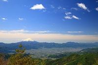 山梨県山梨市 乾徳山より富士山