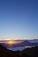 山梨県 富士川町 朝日 富士山