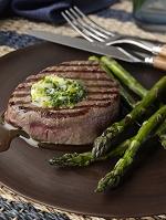 フィレミニョンのステーキとアスパラガス