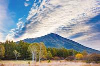 栃木県 男体山と戦場ヶ原と雲