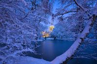 ドイツ 雪に囲まれた冬のハノーファー市庁舎