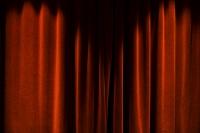 ベルベットの赤い幕