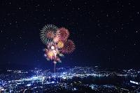 長崎県 長崎港と打ち上げ花火