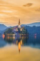スロベニア ブレッド湖と聖母被昇天教会