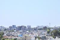 新興住宅街と青空