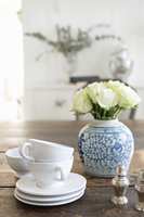 ティーカップと花瓶