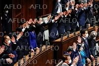 衆院が解散、総選挙へ