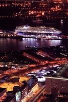 神奈川県 大桟橋の夜景俯瞰