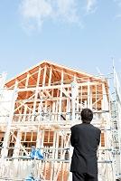 建設現場と男性