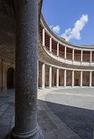 スペイン グラナダ アルハンブラ宮殿 円形中庭