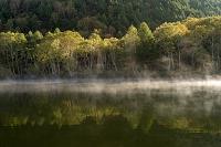 長野県 志賀高原 黄葉の木戸池