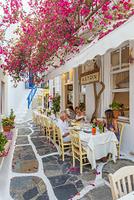 ギリシャ 喫茶店のテラス席