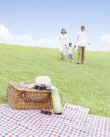 ピクニックイメージと日本人家族