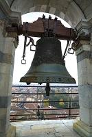 イタリア ピサの斜塔の鐘