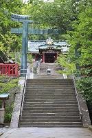 静岡県 久能山東照宮 参道の石段と唐門