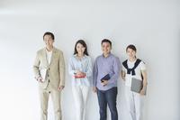若手のビジネスチーム