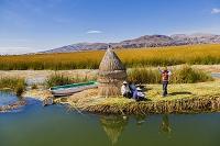 ペルー プーノ チチカカ湖 ウロス島