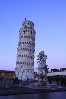 イタリア ピサの斜塔 ドゥオモ広場