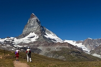 スイス ツェルマット マッターホルンとハイカー