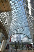 石川県 北陸本線 金沢駅もてなしドームの内側