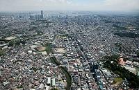 蒔田町周辺より横浜市街地と横浜港方面