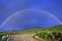 秋田県 鳥海山と虹