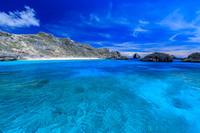 東京都 小笠原 南島 ジニービーチと沈水カルスト地形の海