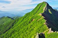 長野県 八ヶ岳、赤岳と富士山