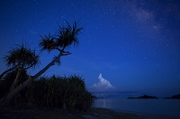 沖縄県 座間味村 星空 阿真ビーチ