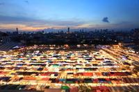 タイ王国 ラチャダー鉄道市場